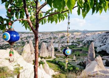Magisch: Feenkamine und Glücksbringer im Nationalpark Göremetal (UNESCO-Welterbe)
