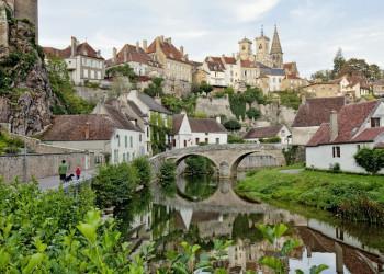 Der mittelalterliche Stadtkern von Semur-en-Auxois