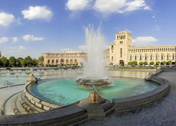 Der Platz der Republik in Eriwan