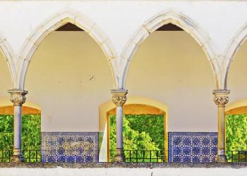 Arkaden in der Christusritterburg in Tomar