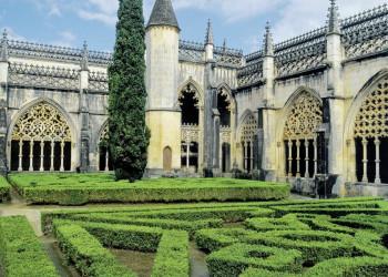 Im Kreuzgang des Klosters Batalha