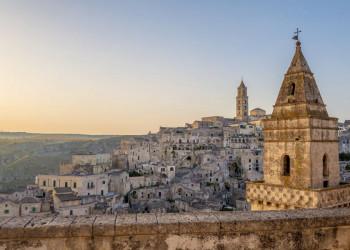 Malerischer Blick auf die Felsenstadt Matera (UNESCO-Welterbe)