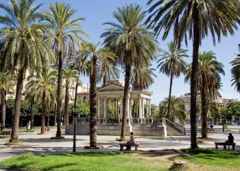 Pause unter Palmen in Palermo - was für ein schöner Tag!