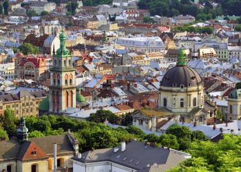 Blick auf die Altstadt von Lemberg (Lviv)