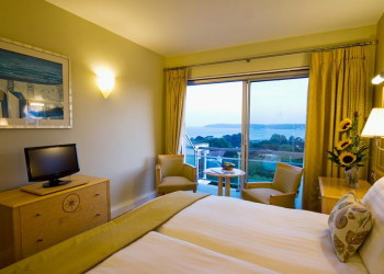 Zimmer mit Meerblick im Hotel Cristina auf Jersey