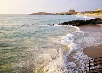 Die Küste Cornwalls bei Newquay