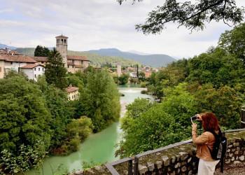 Cividale del Friuli liegt romantisch am kleinen Fluss Natisone im Friaul.