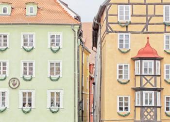 Mittelalterliche Häuser auf dem Marktplatz von Eger (Cheb)