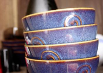 Bunte Keramikschalen