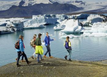 Gletscherlagune mit Eisbergen - Spaziergang