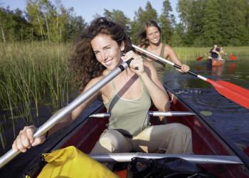 Typisch Finnland - wir paddeln über einen See!