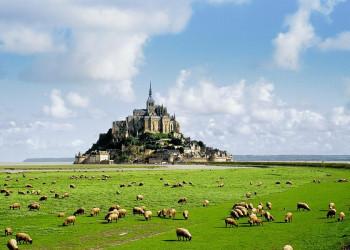 Le Mont Saint-Michel: Majestätischer Anblick an der Atlantikküste