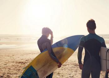 Portugals Atlantikküste ist legendäres Surfer-Land